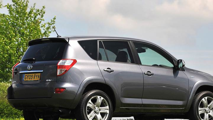 2009 Toyota RAV4 Side Back Pose In Grey